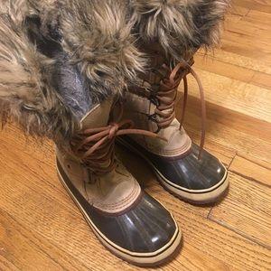 Sorel Joan of Arctic Boots - Sz 8